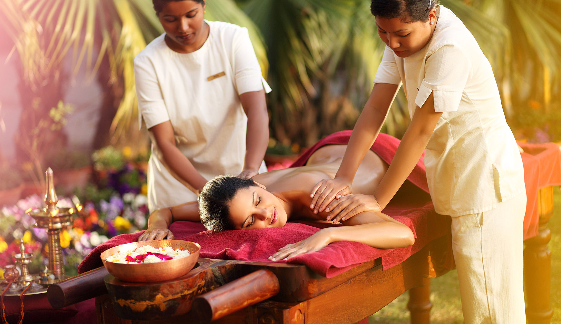 hotel yoga wellness Ananda in the Himalayas 5 stars Uttarakhand India massage