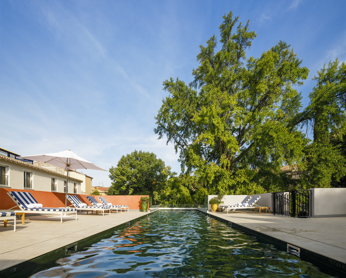 Luxury boutique hotel Nîmes Maison Albar Hotels L'Imperator 5* hotel with swimming pool garden