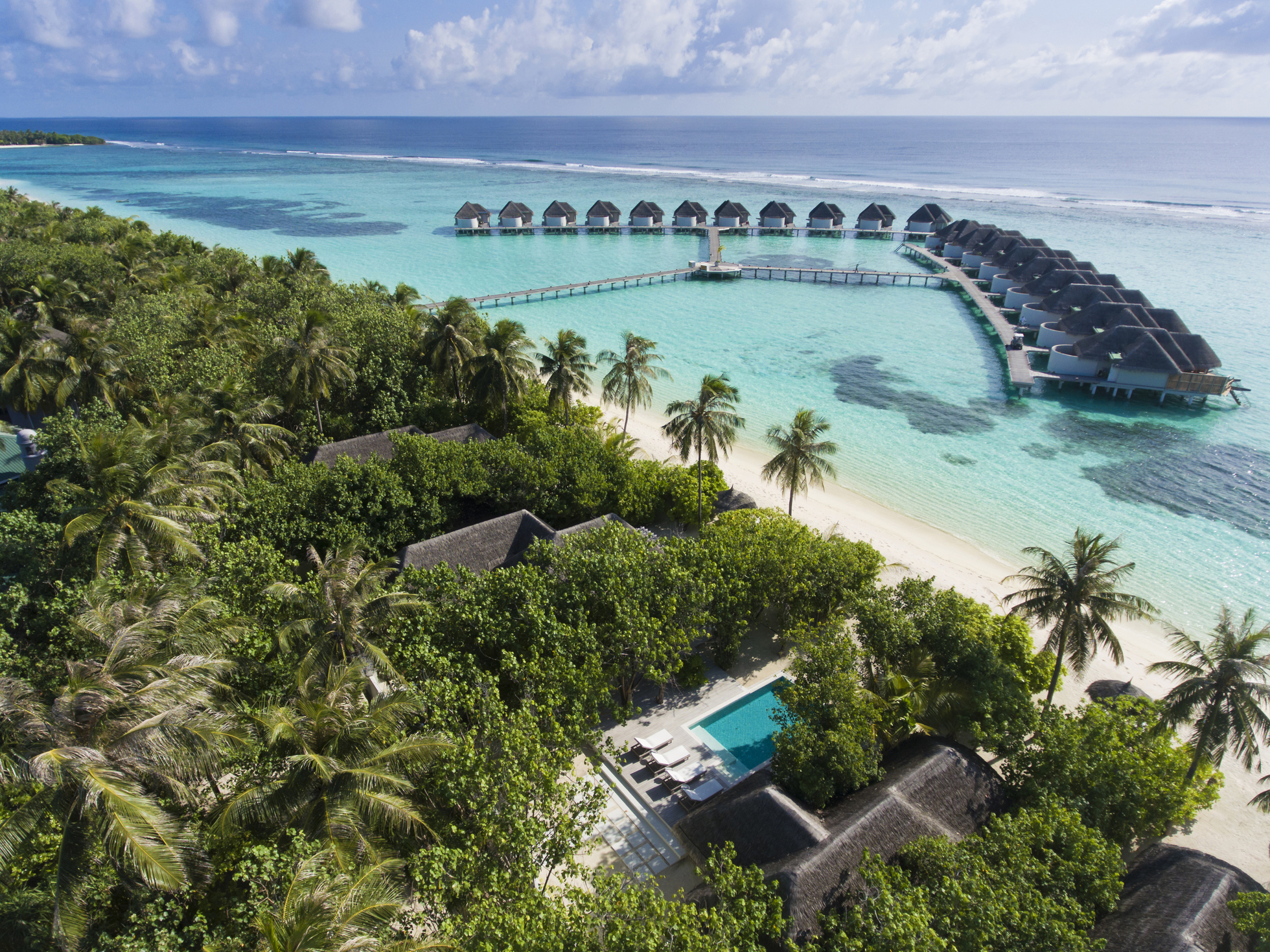 Luxury hotel Kanuhura Resort & Spa Maldives 5-star Villa with swimming pool