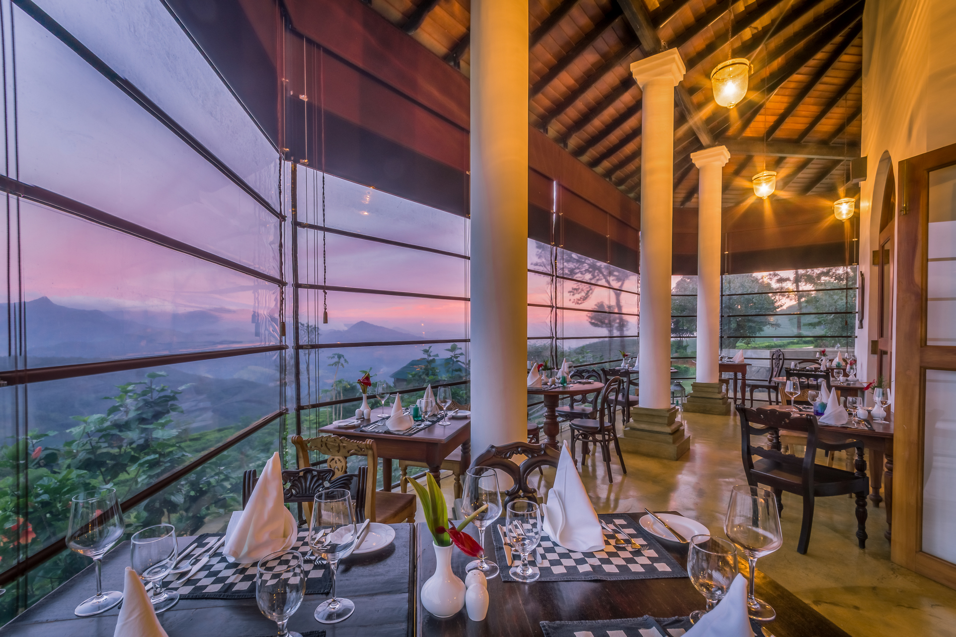lkelle Tea & Eco Lodge 4 star Kandy Sri Lanka restaurant with view